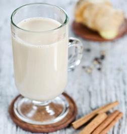 diet karbohidrat menu susu putih yang kaya protein