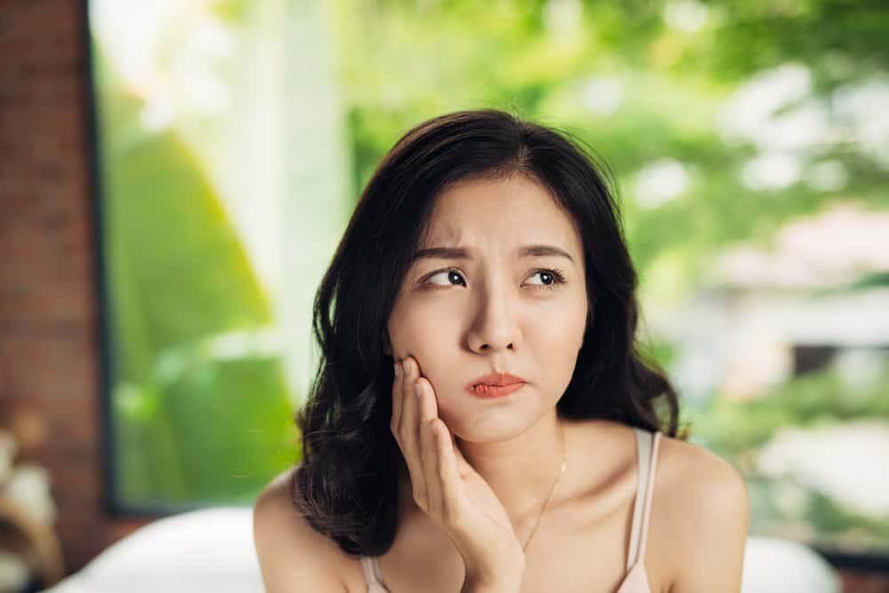 bahaya gusi bengkak menyebabkan kesulitan makan