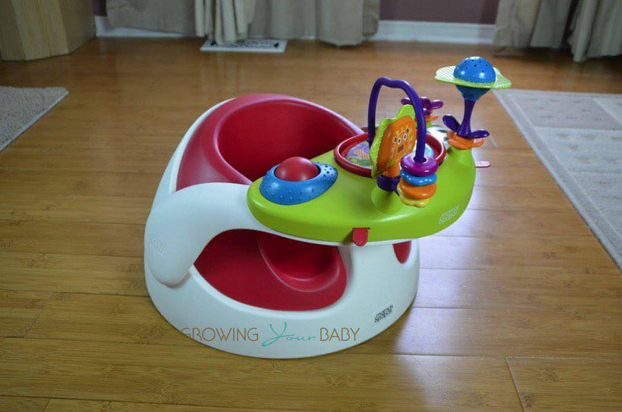 produk bayi Mamas & Papas Baby Snug and Activity Tray