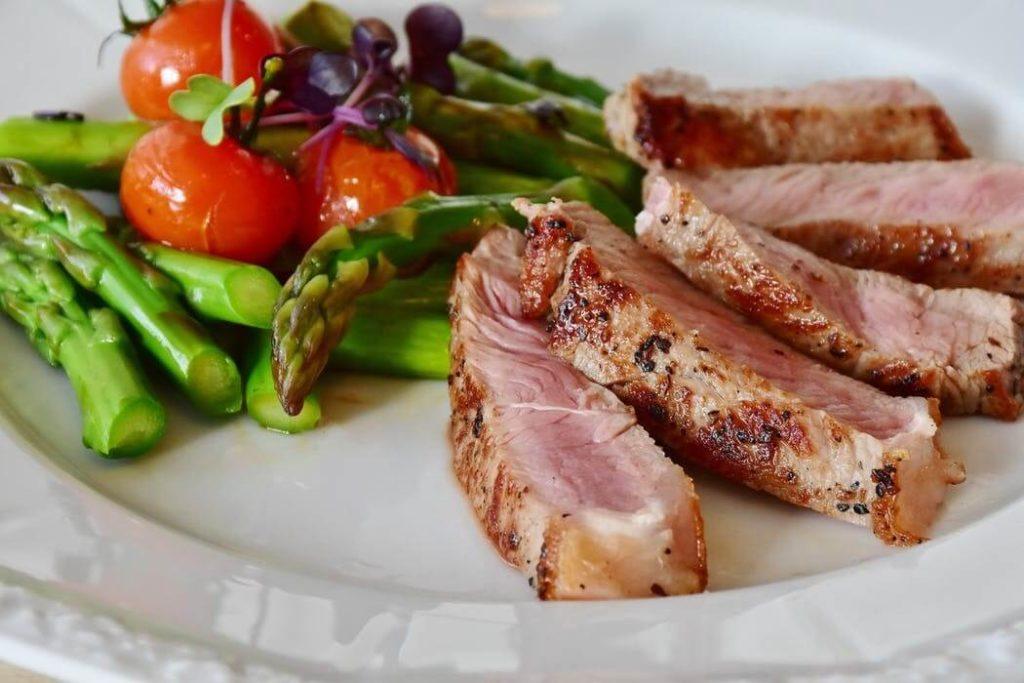 prosedur diet ketogenik dengan memperhatikan nutrisi