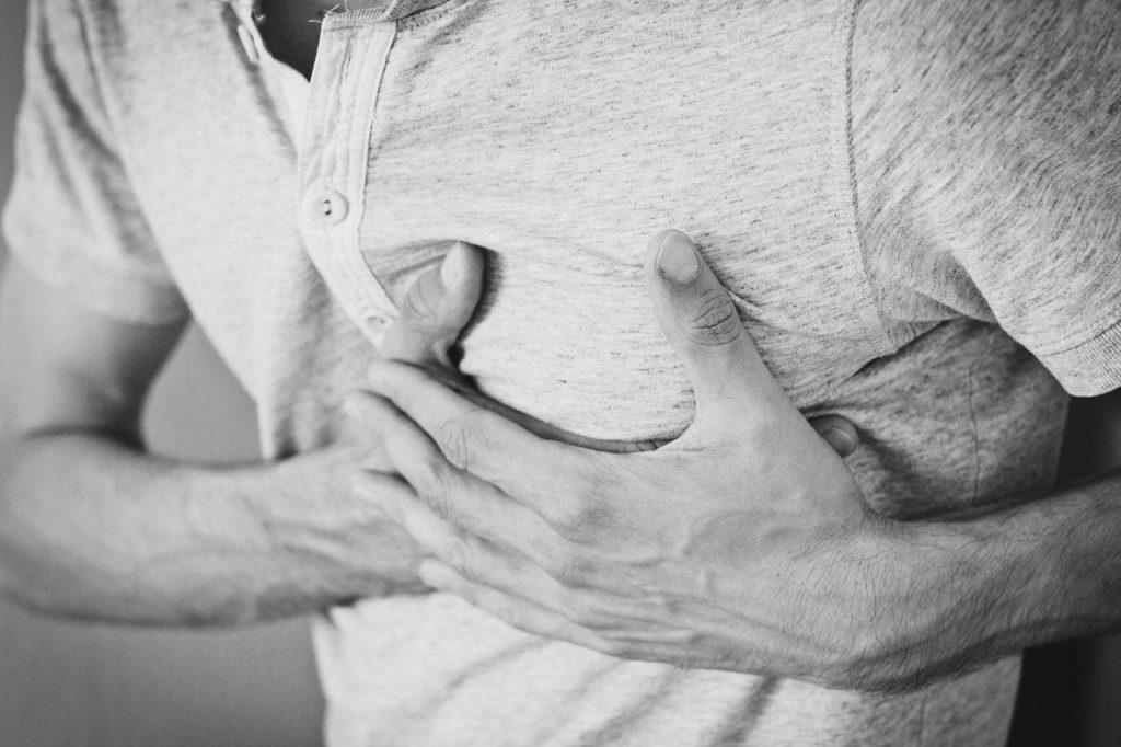 sakit gigi menyebabkan sakit jantung dan stroke