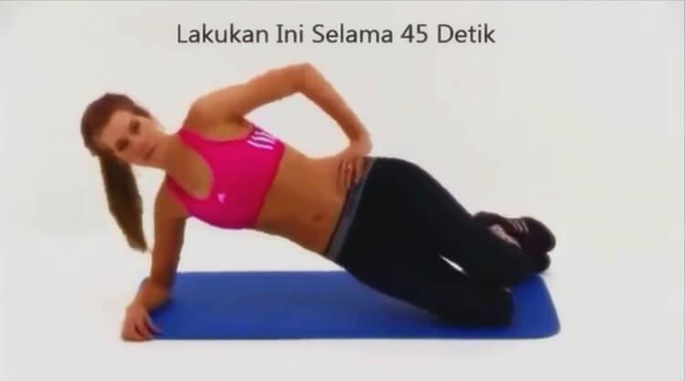 gerakan untuk mengecilkan perut dan paha