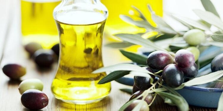 cara menyuburkan rambut dengan minyak zaitun