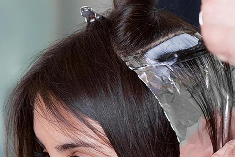 pantangan ibu hamil mewarnai rambut
