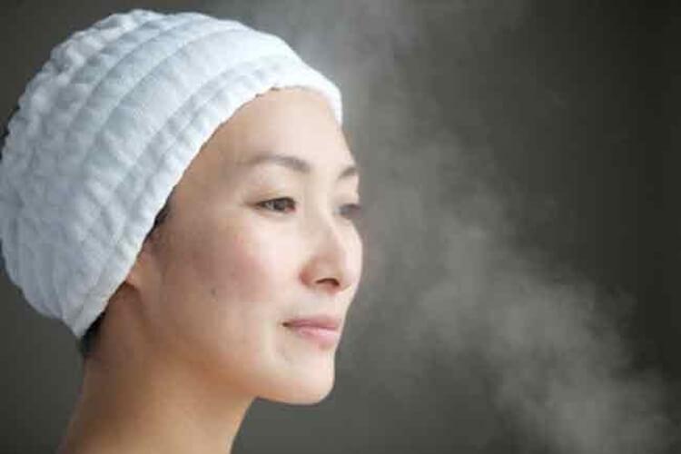 perawatan wajah wanita